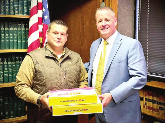 Sheriff Richardson Expresses Thanks to DPSB Superintendent for Donuts