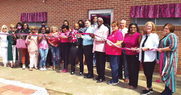 DeSoto Chamber Honors Pink Leopard with Ribbon Cutting Ceremony